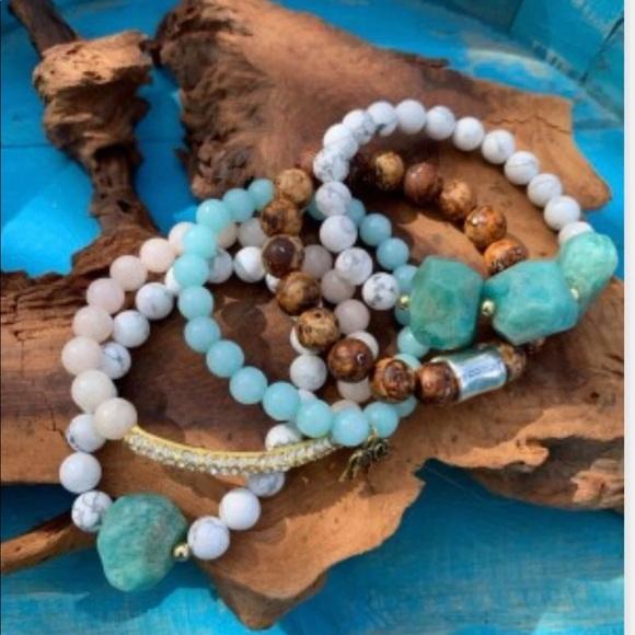Beaded bracelet set natural stones
